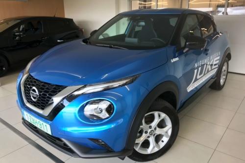 Nissan Juke 1.0 benzine 2WD 117 pk man N-connecta + Navi blauw
