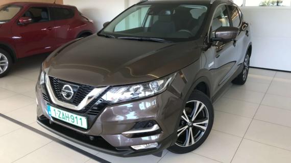 Nissan Qashqai 1.3 benzine 140 pk €6 bruin
